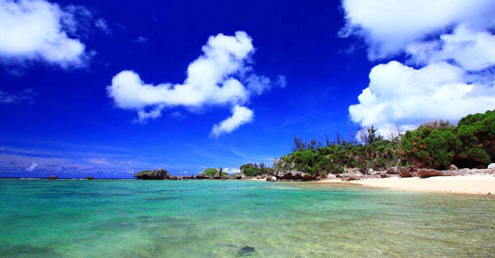 沖縄県のゲストハウスまとめ!青い海と太陽の輝く楽園