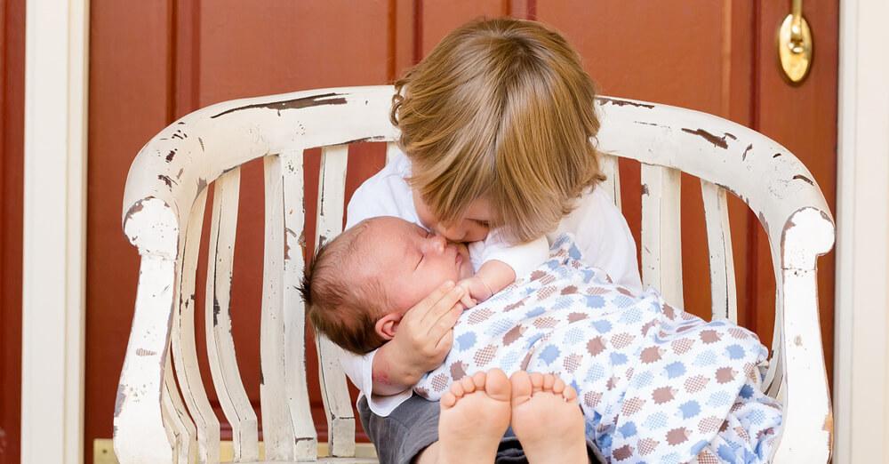 妊娠・出産に備えて抑えておきたいこと(時期別の様子・ベビー用品・病院など)