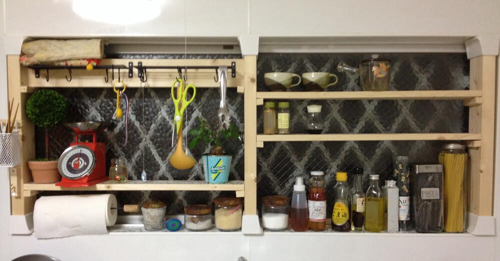 【DIY】窓枠に合わせた棚をディアウォールを使って制作!